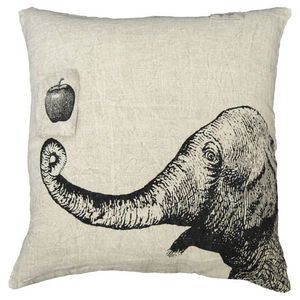 Sugarboo Designs - pillow collection - apple & elephant - Coussin Carré