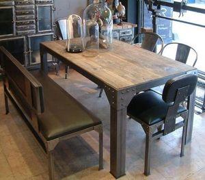 GHISLAIN ANTIQUES - modèle rivets - Table De Repas Rectangulaire