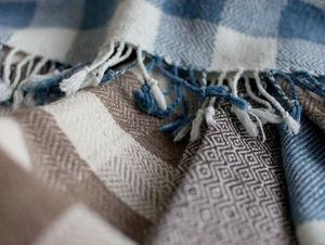 STITCH BY STITCH -  - Plaid