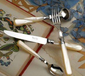 Sauzede- Touly - papillon - Couverts De Table