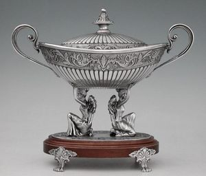 FREITAS & DORES PEWTER ARTWORK -  - Coupe À Fruits