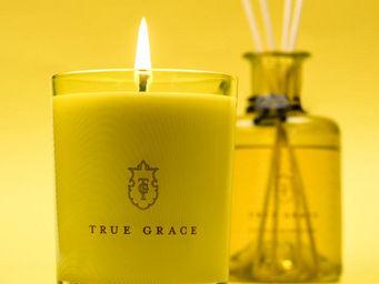 TRUE GRACE -  - Bougie Parfum�e