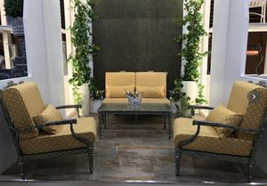 Oxley's -  - Salon De Jardin