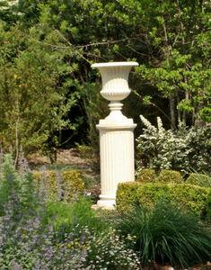 HARMONIE DU LOGIS -  - Vase Medicis