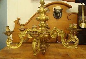 Jacque's Antiques -  - Lustre