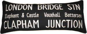 Barbara Coupe - london bridge station - Coussin Rectangulaire