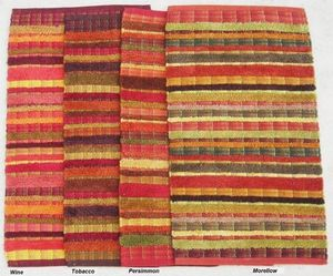 Red Rugs - chennile rug - Tapis Contemporain