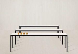 Danerka -  - Table Bureau