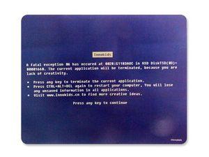 WHITE LABEL - tapis informatique écran bleu erreur fatale tapis - Tapis De Souris
