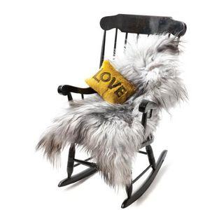 peaux de b te tapis tapisserie decofinder. Black Bedroom Furniture Sets. Home Design Ideas