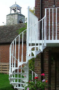 Britannia Architectural Metalwork -  - Escalier Hélicoïdal