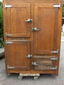 Antiques Forain -  - Réfrigérateur À Poser