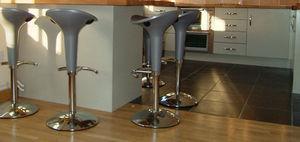 Alcove Designs -  - Tabouret De Bar Pivotant