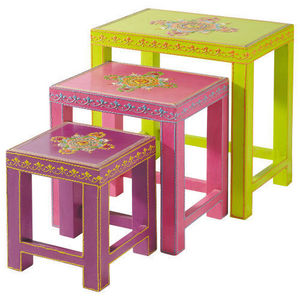 Maisons du monde - table basse gigogne enfant roulotte - Table Basse Forme Originale