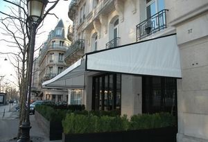 Roussel Stores -  - Store Banne