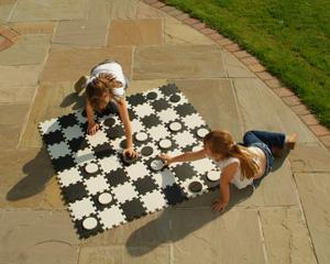 Traditional Garden Games - jeu de dames géant - Jeu De Société
