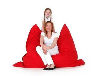 BELIANI - pouf, coussin en format 140 x 180 cm rouge - Pouf
