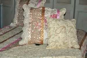 Demeure et Jardin - housse de coussin imprim� fleurs avec ruban - Taie D'oreiller