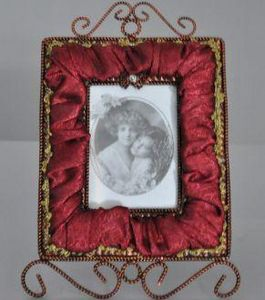 Demeure et Jardin - cadre rectangulaire velours grenat - Cadre