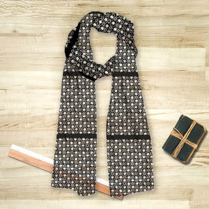 la Magie dans l'Image - foulard trèfle noir blanc - Foulard Carré