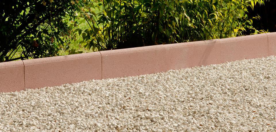 bordurette droitebordure de jardin carre d 39 arc. Black Bedroom Furniture Sets. Home Design Ideas