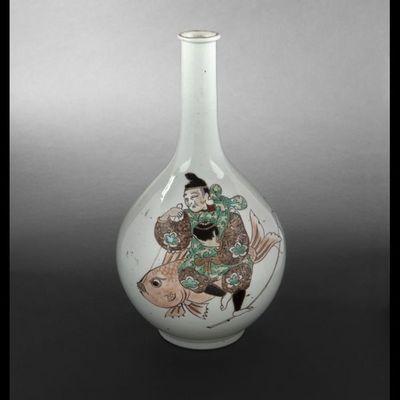 Expertissim - Soliflore-Expertissim-Vase bouteille en porcelaine, Japon, XIXème siècle