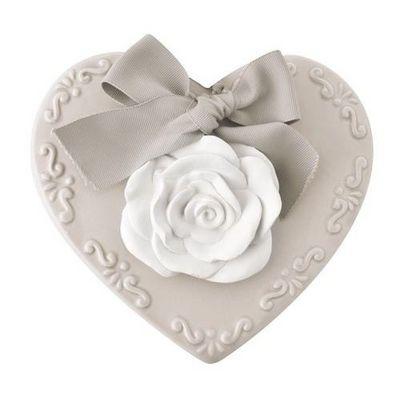 Mathilde M - Céramique parfumée-Mathilde M-Cur avec une rose en plâtre à suspendre, parfum ro