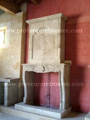 Provence Retrouvee - Manteau de cheminée-Provence Retrouvee-Cheminée Louis XV a trumeau