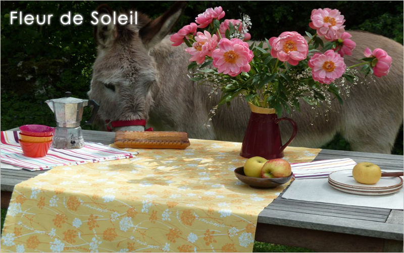 FLEUR DE SOLEIL Table runner Tablecloths Table Linen  |
