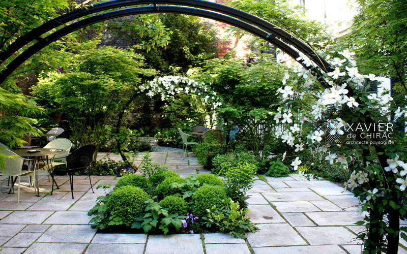 XAVIER DE CHIRAC Landscaped garden Landscaping Outdoor Miscellaneous  |