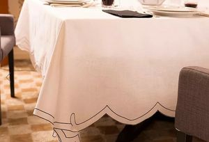 LA GALLINA MATTA -  - Rectangular Tablecloth