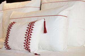 PRETTY LINGE -  - Pillowcase
