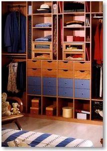 Jean Marc Baillet -  - Closet