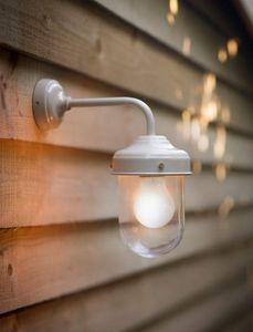 GARDEN TRADING - barn £60.00 - Outdoor Wall Lamp