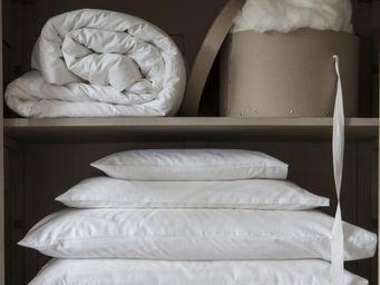 GINGERLILY -  - Pillow