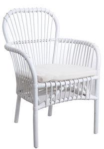 Aubry-Gaspard - fauteuil en rotin blanc avec coussin - Armchair