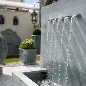A PLACE IN THE GARDEN - veneto - Wall Fountain