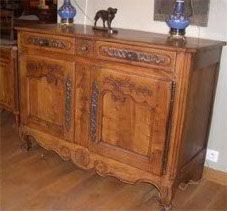 ANTIQUITES THUILLIER - buffet regional - xixe loiret - noyer - Low Chest