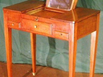 ANTIQUE GERMAIN - coiffeuse d'epoque directoire en noyer massif - Dressing Table