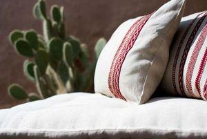 LA MAISON BAHIRA -  - Rectangular Cushion