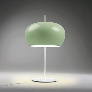 Wrap around diffuser lamp