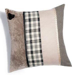 MAISONS DU MONDE - housse de coussin lady multibande - Cushion Cover