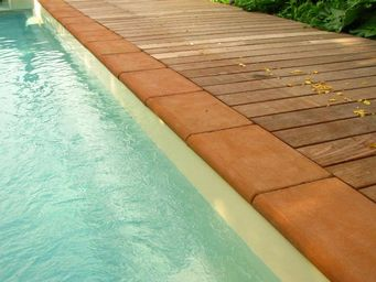 Ceramiques du Beaujolais -  - Pool Border Tile