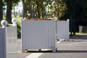 Larbaletier -  - Versailles Planter