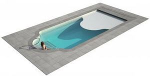 LUXE POOLS -  - Polyester Pool