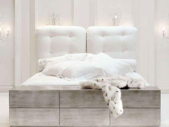 CYRUS COMPANY - bl - Bed Bench