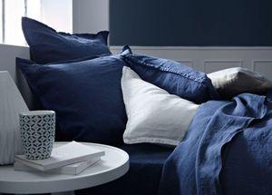 BLANC CERISE - .rêves de lin - Duvet Cover
