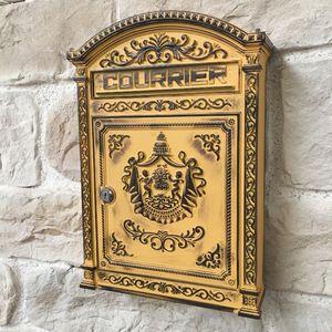 CHEMIN DE CAMPAGNE -  - Letter Box