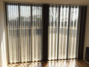JASNO - store californiens revisite - Blind With Vertical Stripes