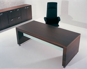 Macé - plano - Executive Desk